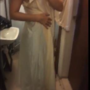 Femilet kjole