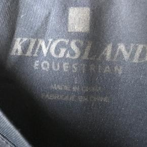 Lækker sweatshirt fra Kingsland. Str. L. Købt brugt, har selv kun brugt den 1 gang. Står som ny. Fra røgfrit hjem men med kat.