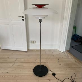 Sælger denne PH 80 gulvlampe. BYD!