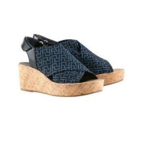 Högl sandaler