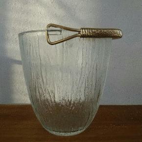 Vintage isspand i presset glas