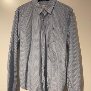 LACOSTE skjorte