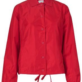 Sælger Wood Wood jakke, kun prøvet på!