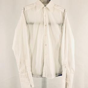 Gucci skjorte Str 41/16 - fitter L Cond 8 Mp 699 Bin 1199