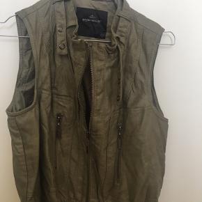 Soyaconcept vest