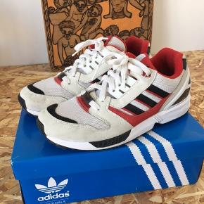 Adidas ZX 8000 Nypris: 1000,-