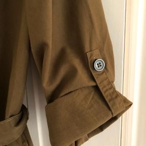 Kjole - cardigan i armygrøn