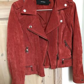 Ruskinds jakke.