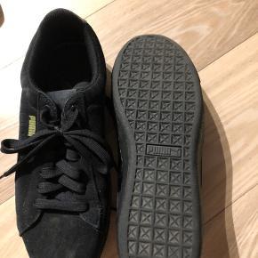Plateau puma sneakers med softfoam  Aldrig brugt