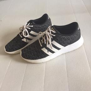 Adidas Neo str står på billede,brugt få gange😊dejlige lette sko
