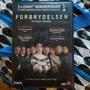 """DVD boks med serien """"forbrydelsen"""" 😎"""