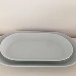 Fade  L: 37 cm og 30 cm B: 21 cm og 17 Fra Ikea