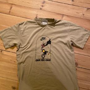 Sindssyg fed vintage Nike t-shirt Går som varmt brød i udlandet, derfor prisen