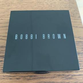 Highlighter fra Bobby Brown. Kun prøvet 1 gang.
