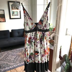 Kjole fra Zara str M