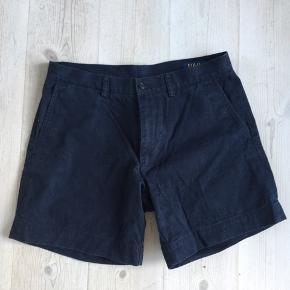 Marineblå Ralph Lauren shorts. Str. 31 eller S