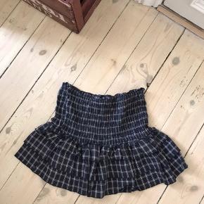 Moliin nederdel