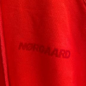 Mads Nørgaard top