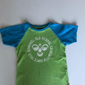 Hummel t-shirt str 116. God, men brugt. Har lidt fnuller. 40 kr + porto