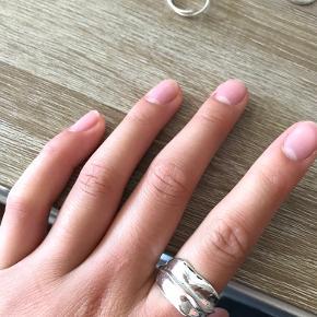 Weekday ring