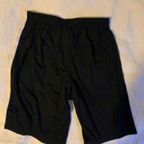 Nike shorts - medium  Aldrig brugt