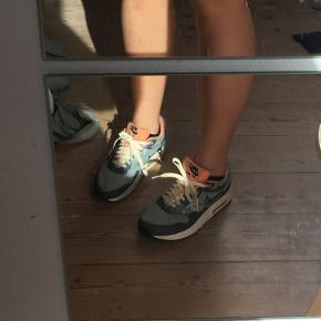 Sneakers fra Nike, str. 37,5 Byd endelig :)