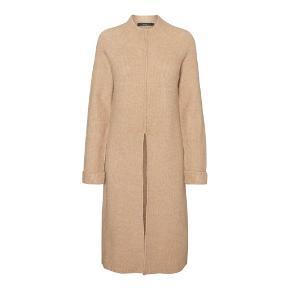 Strik sweater/kjole.   Str. XL - aldrig brugt.   Sælges grundet mangel på skabsplads.