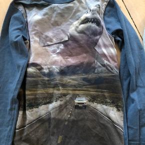 Tre bluser trøjer  Prisen er for alle tre. Sælges kun samlet :)