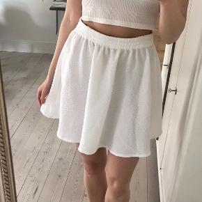 Super fin hvid A nederdel, style: Faye skirt