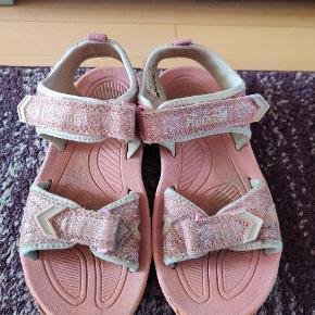Hummel sandaler