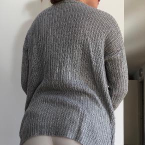 Fin tyk cardigan fra only næsten ikke brugt