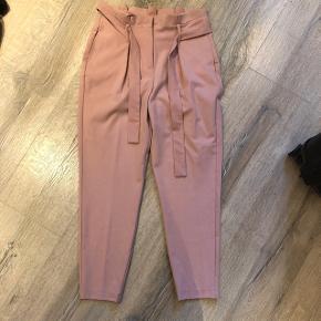 Super fine bukser fra ONLY str M pris 170 inkl 😊