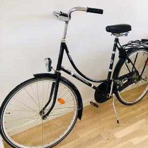 Flot klassisk remington cykel   Har papire + nøglelås til den  1gear   Lygter virker ikke
