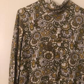 Vintage bluse/kjole  Køb 3 ting fra min profil og få den billigste ting med gratis😍