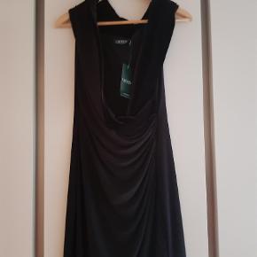 f48fe436 Brand: Lauren, Ralph lauren Varetype: Kjole Størrelse: 8 Farve: Sort  Oprindelig