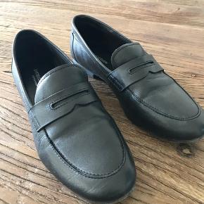 Flotteste loafers. Købte dem desværre for små, så de et kun brugt en enkelt gang. Np: 500,-