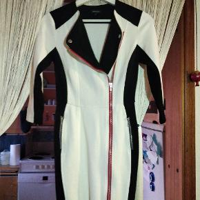 River Island anden kjole & nederdel