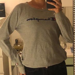 Sælger denne champion sweater da jeg ikke bruger den længere