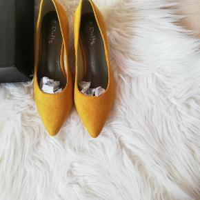 Duffy heels
