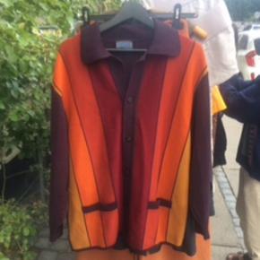 Kenzo vintage cardigan str s. Passer også fint en m