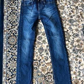 Model 510, Skinny, size 12