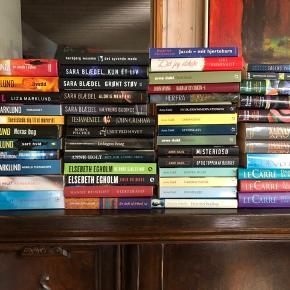 Over 70 bøger, 10 kr pr bog.   Skal afhentes.
