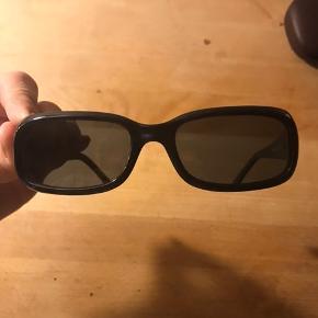 Blå solbriller fra Calvin Klein Som nye