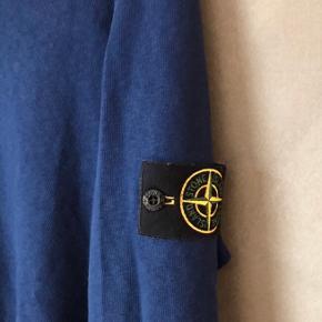 Sælger denne Stone Island trøje som er brugt meget få gange Stadig blød i stoffet