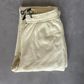 Planet Nusa bukser