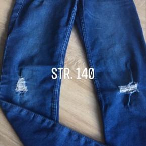 4 par bukser/jeans sælges  40 pr. Par eller alle for 120