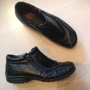Lækre sko med varmt uldfor