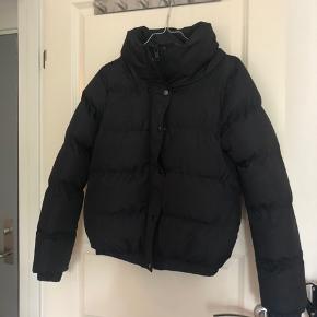 """Fed bomber jakke der ikke er """"stor"""" på"""