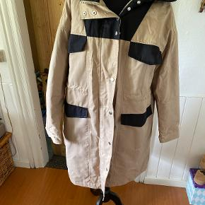 Soft Rebels frakke
