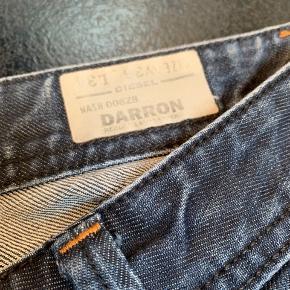 Model Darron 36/34